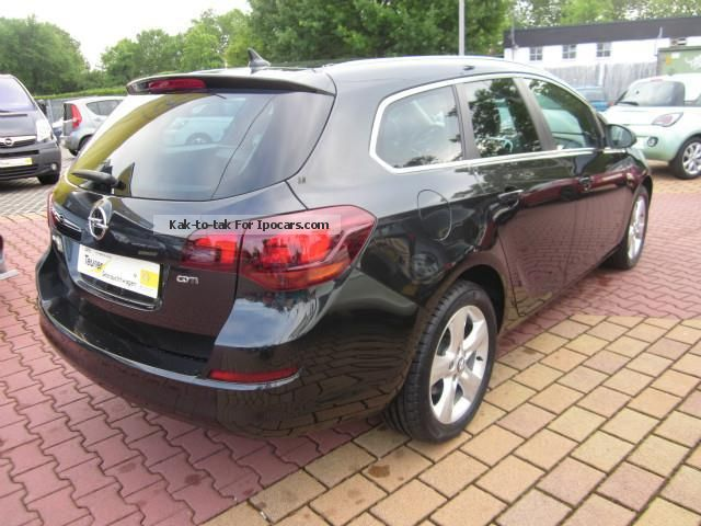 2012 opel astra sports tourer 1 7 cdti dpf car photo and. Black Bedroom Furniture Sets. Home Design Ideas