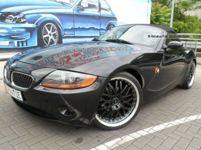 2004 BMW  Z4 roadster 2.5i Navi + leather +19 inch aluminum 112Tkm Cabriolet / Roadster Used vehicle photo