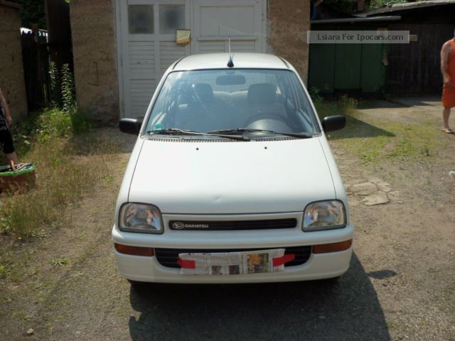 1993 Daihatsu  Cuore Small Car Used vehicle photo