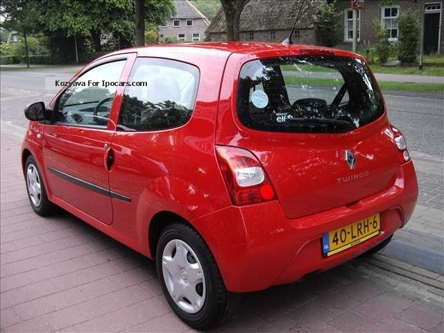 2010 renault twingo 1 2 16v co2 initial car photo and specs. Black Bedroom Furniture Sets. Home Design Ideas