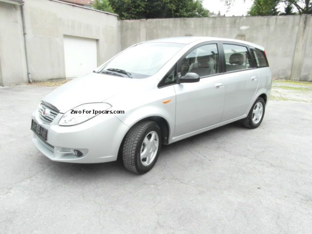 2012 Landwind  CV-9, KLima, EZ 06.2013, only 300 KM, Day Registration Van / Minibus Used vehicle (Accident-free) photo
