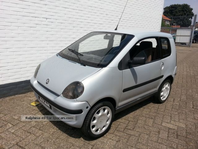 2005 Aixam  400 evo moped auto diesel bj 2005 microcar 45km Small Car Used vehicle photo