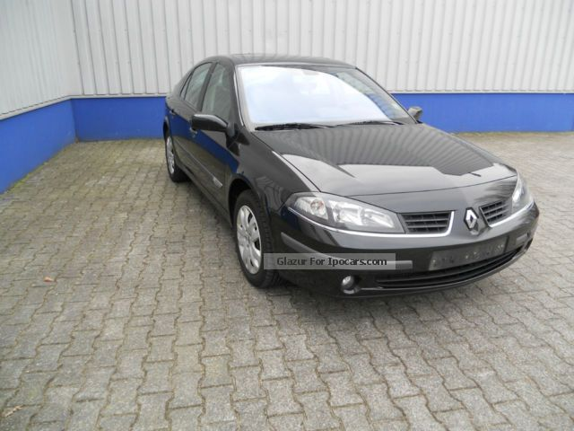 2007 Renault  Laguna 1.9 dCi FAP navigation, cruise control, sunroof Saloon Used vehicle photo