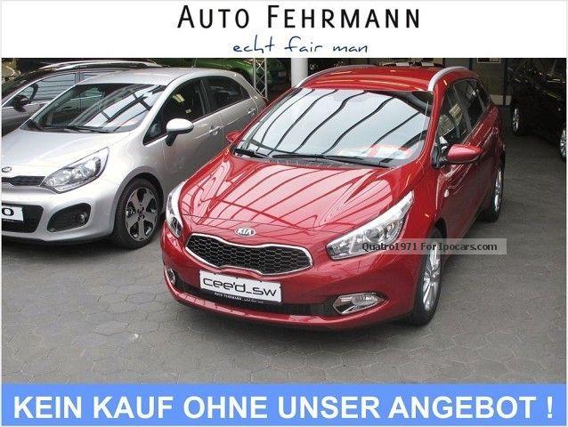 2012 Kia  1.6 cee'd_sportywagon DREAM TEAM 13 NAVI Klimaau Estate Car New vehicle photo