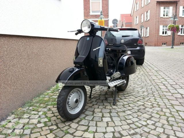 1991 piaggio vespa px 135cc 80 lusso car photo and specs. Black Bedroom Furniture Sets. Home Design Ideas