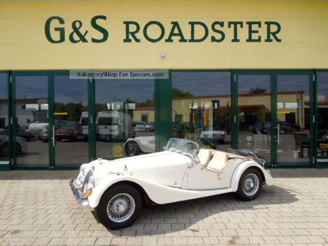 1975 Morgan  Plus 8 cream leather nice condition Cabriolet / Roadster Used vehicle photo