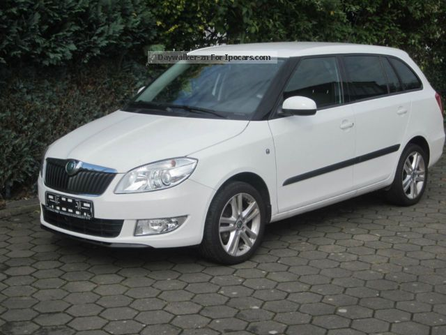 2012 skoda fabia combi 1 2 tsi sport edition car photo and specs. Black Bedroom Furniture Sets. Home Design Ideas
