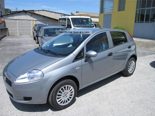 2013 fiat active grande punto natural power car photo and specs. Black Bedroom Furniture Sets. Home Design Ideas