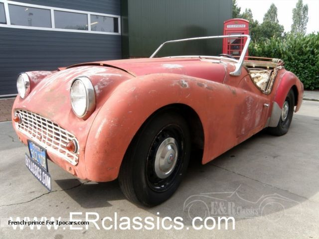 Triumph  A 1960 restoration project had too much sun 1960 Vintage, Classic and Old Cars photo