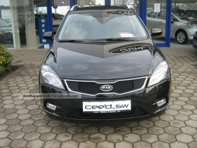 2012 Kia Ceed Sw 1 4 Cvvt Edition 7 Navi Car Photo And Specs