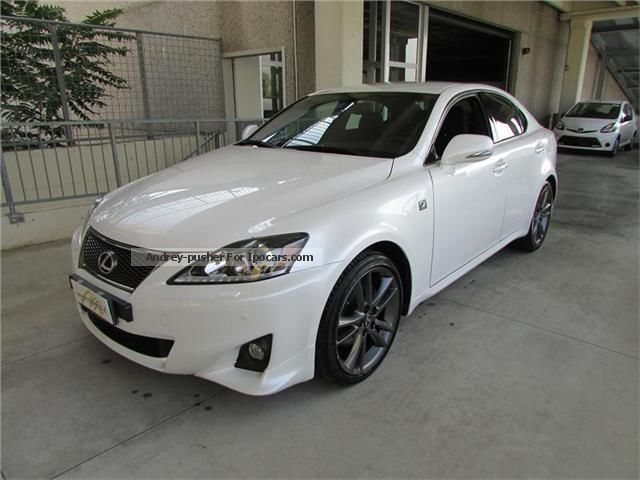 2012 lexus is 220d 177 cv f sport pack navy car photo and specs. Black Bedroom Furniture Sets. Home Design Ideas