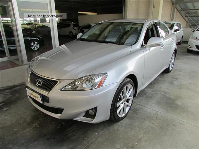 2012 lexus is 220d 177 cv navy executive pack car photo and specs. Black Bedroom Furniture Sets. Home Design Ideas