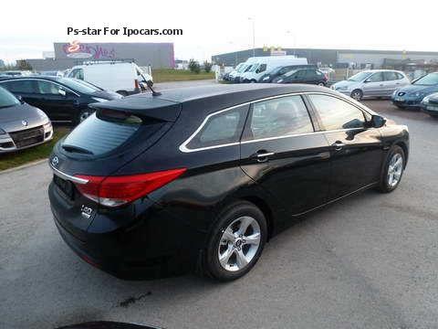 2011 hyundai i40 crdi sw 115 confort pack sensation car photo and specs. Black Bedroom Furniture Sets. Home Design Ideas