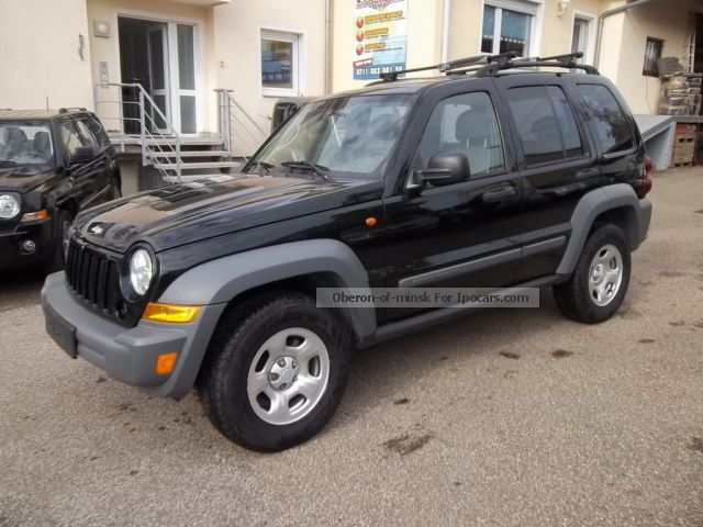 2005 Jeep  Cherokee 2.4 Sport facelift Off-road Vehicle/Pickup Truck Used vehicle photo