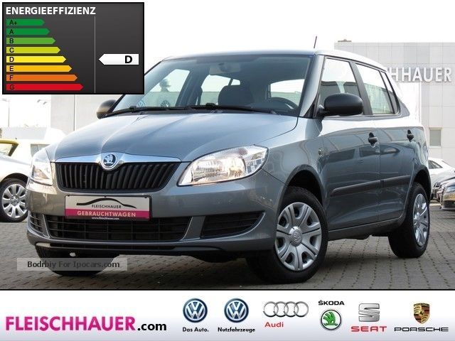 2013 Skoda  Fabia 1.2 TSI Cool Edition AIR CONDITIONING AUX Saloon Used vehicle photo