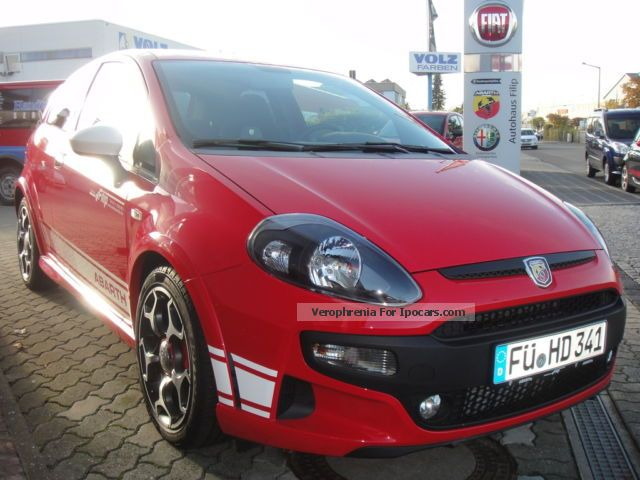 2013 Abarth  Punto SuperSport Series 6 1.4 Multiair 180hp Sports Car/Coupe Demonstration Vehicle (  Accident-free ) photo