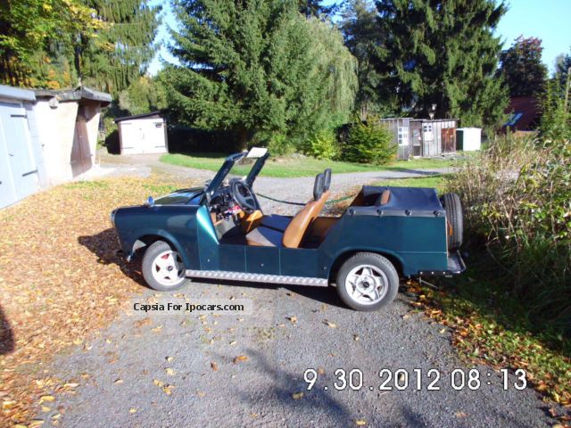 Trabant  bucket 1975 Vintage, Classic and Old Cars photo