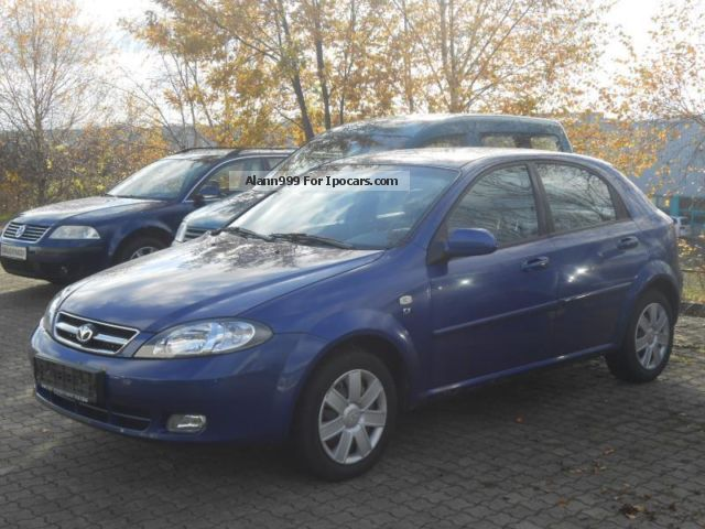 2005 Daewoo  Lacetti SX 109 hp air Saloon Used vehicle photo