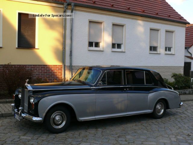 1967 Rolls Royce  Phantom V single piece 7 seater H-plates Saloon Classic Vehicle photo