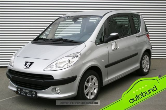 2007 Peugeot  1007 1.6 16V 2-Tronic automatic Tendance Saloon Used vehicle photo