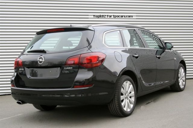 opel astra j sports tourer pictures. Black Bedroom Furniture Sets. Home Design Ideas