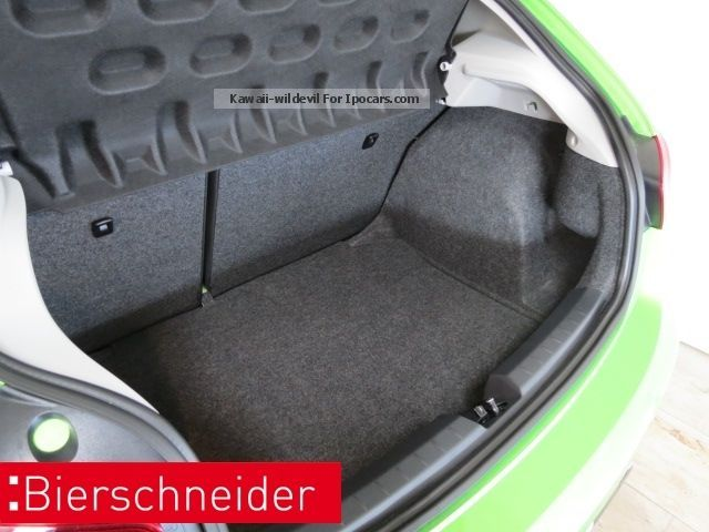 2013 seat ibiza 1 4 16v style salsa navi wp alu 15 car. Black Bedroom Furniture Sets. Home Design Ideas