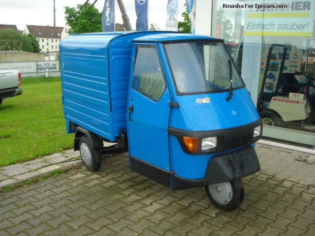 2013 Piaggio  APE - box Small Car Used vehicle photo
