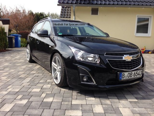 2013 Chevrolet  Cruze Estate Car Used vehicle photo