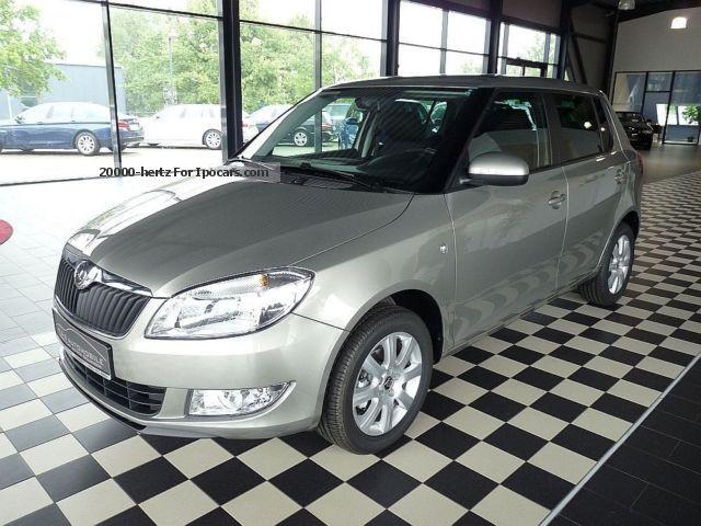 2012 Skoda  Fabia 1.2 TSI \ Saloon New vehicle photo