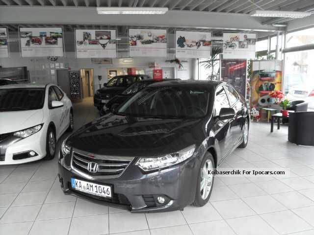 2013 Honda  Accord 2.0 Lifestyle + Xenon Fin.2, 99% Saloon Demonstration Vehicle (  Accident-free ) photo