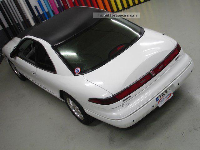 1995 Lincoln Mark 8 Car and Specs
