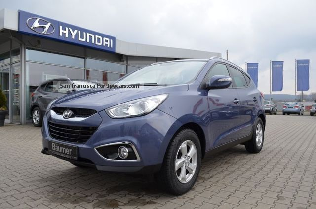 2012 Hyundai  ix35 2.0 CRDi Style 4WD ECO, AHK, climate, PDC Off-road Vehicle/Pickup Truck Used vehicle (  Accident-free ) photo