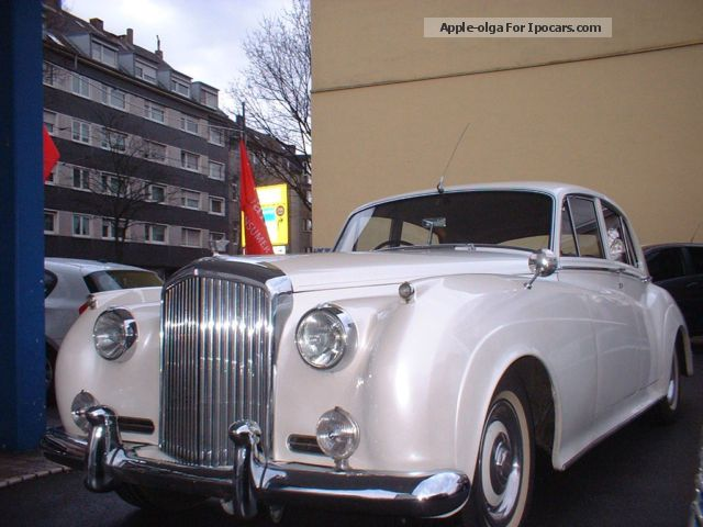 Bentley  S 1 - H-plate automatic mother of pearl white leather 1956 Vintage, Classic and Old Cars photo
