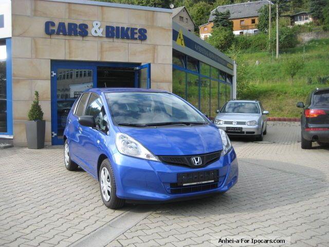 2013 Honda  Jazz 1.2 i-VTEC TOP-OFFER! Small Car Used vehicle photo