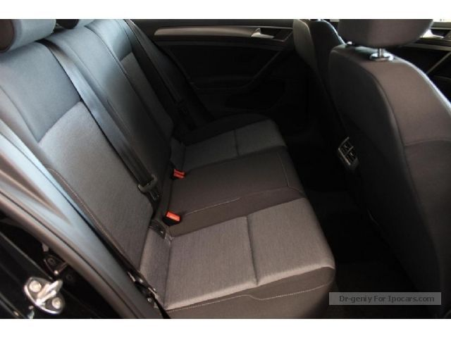 2013 volkswagen golf 1 2 tsi dsg vii sitzhzg pdc car photo and specs. Black Bedroom Furniture Sets. Home Design Ideas