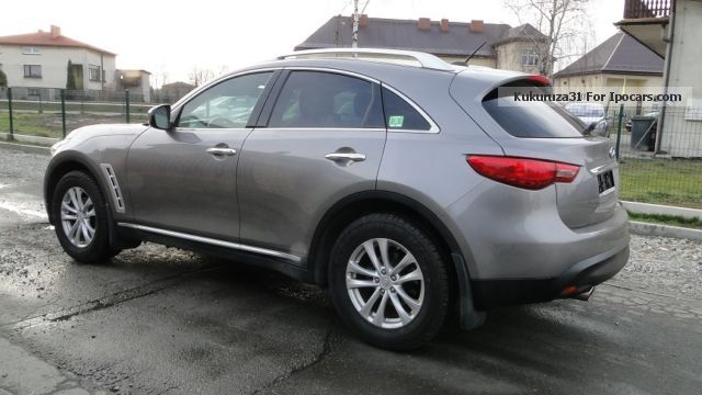2009 Infiniti  FX 35 Saloon Used vehicle(  Repaired accident damage) photo
