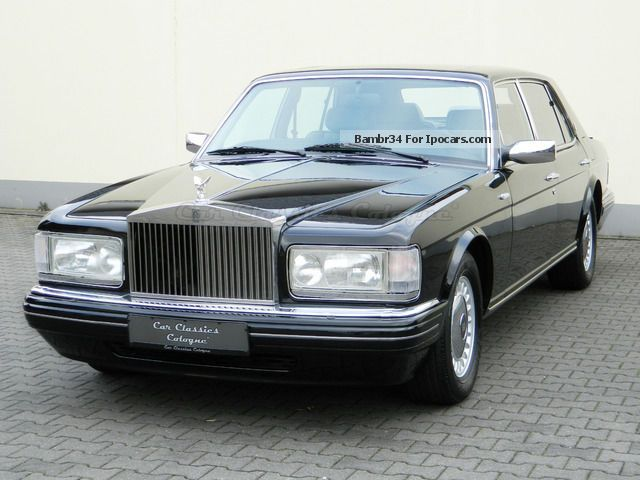 1996 rolls royce rolls royce silver spur iii small window car photo and specs. Black Bedroom Furniture Sets. Home Design Ideas