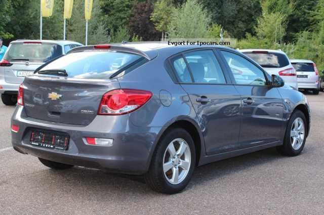 2011 chevrolet cruze 1 6 lt car photo and specs. Black Bedroom Furniture Sets. Home Design Ideas