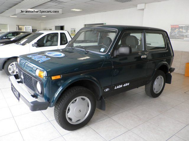 2013 lada taiga niva 4x4 car with anhaengevorrichtun car. Black Bedroom Furniture Sets. Home Design Ideas