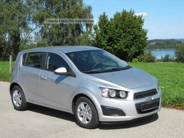 2013 Chevrolet  Aveo 1.4 LT + model 2013 Start Stop Small Car Used vehicle photo