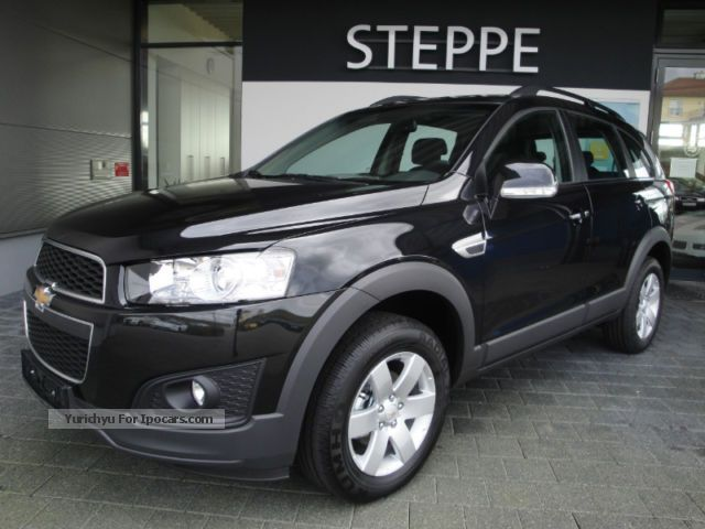 2012 Chevrolet  Captiva 2.4 LT 6-speed facelift immediately available Off-road Vehicle/Pickup Truck New vehicle photo