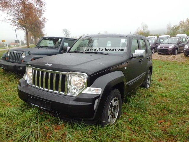 2009 Jeep  Cherokee 2.8 CRD DPF automatic Limited Off-road Vehicle/Pickup Truck Used vehicle (  Accident-free ) photo