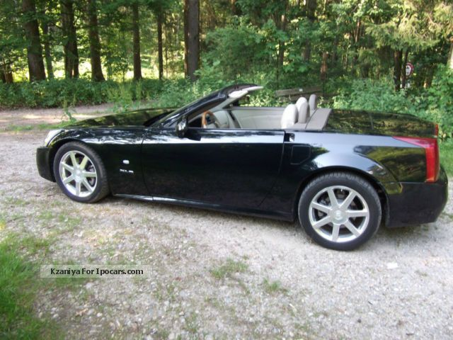 2006 cadillac xlr 4 6 l v8 european model checkbook car. Black Bedroom Furniture Sets. Home Design Ideas