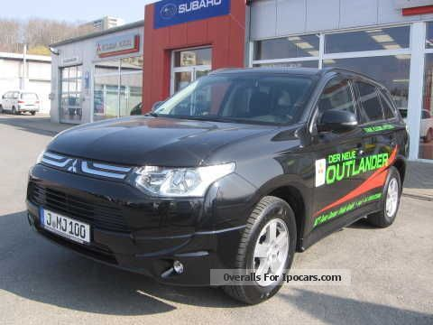 2013 Mitsubishi  Outlander 2.2 DI-D / Spoiler package 2Zonenklima Off-road Vehicle/Pickup Truck Demonstration Vehicle photo