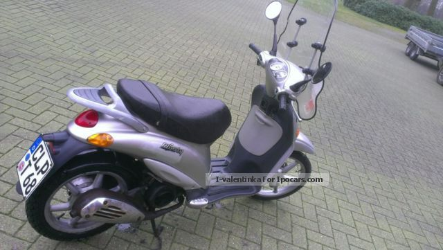 2000 piaggio liberty 125 - car photo and specs