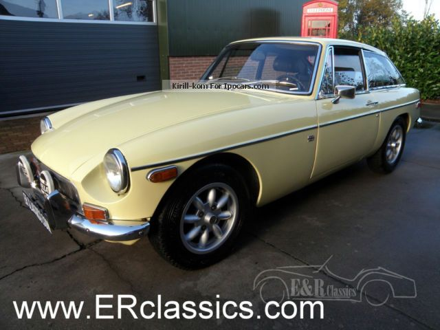 MG  GT coupe 1971 Primrose yellow Mini Lite wheels 1971 Vintage, Classic and Old Cars photo