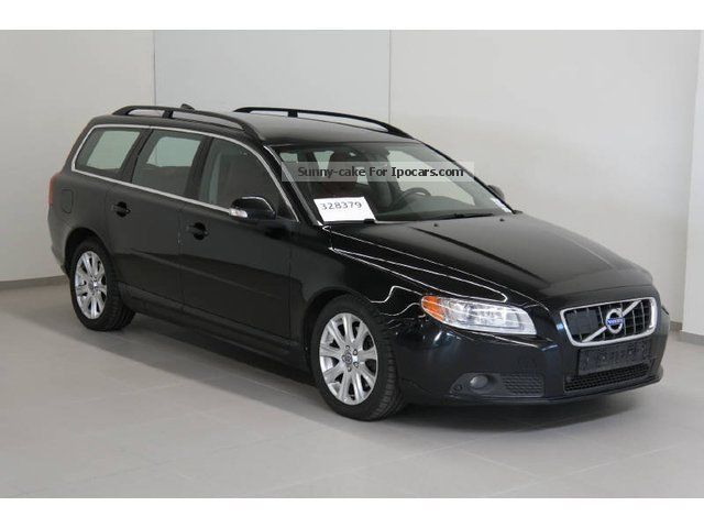 2010 volvo v70 d5 aut momentum leather xenon radar. Black Bedroom Furniture Sets. Home Design Ideas