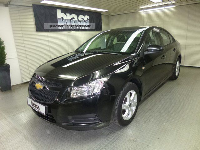 2011 chevrolet cruze 1 6 car photo and specs. Black Bedroom Furniture Sets. Home Design Ideas