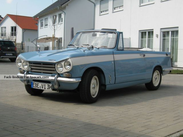 Triumph  Vitesse 2l Mk II 1971 Vintage, Classic and Old Cars photo