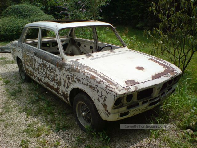 1974 Triumph  Dolomite Sprint 2.0 16v 127PS (with 0km engine) Saloon Classic Vehicle(  Accident-free photo